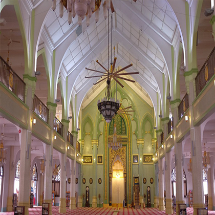 Big HVLS fans can be 2 to 7 metres in diameter and look impressive in any setting, especially in the special places like a mosque.